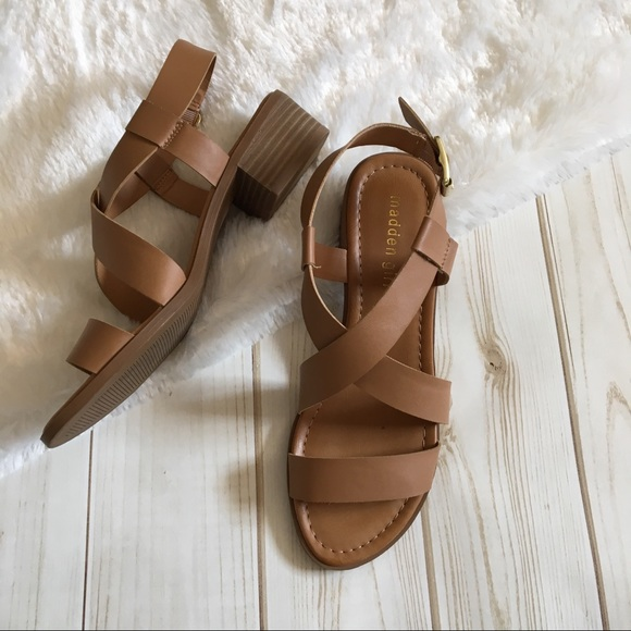 e049c6ab5d8 Steve Madden Strappy Buckle Leather Sandals Tulle